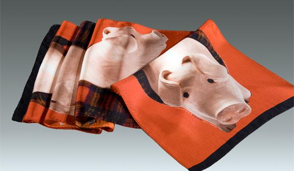 Pig in a Blanket: Scarf
